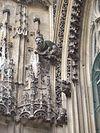Sculptures sur la face sud de l'église2.jpg