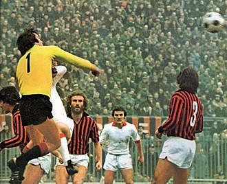Enrico Albertosi - Albertosi (no. 1) in action with A.C. Milan at the San Siro during the 1974–75 season.