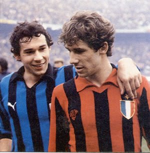 Franco Baresi - Brothers Giuseppe (left) and Franco (right) Baresi face each other in the 1979–80 Milan derby.