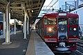 Shinano Railway 115 series Karuizawa Station (47496601432).jpg