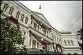 Singapore Raffles Hotel with storm over top-1 (32047255455).jpg