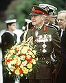 Sir Phillip Bennett preparing to lay wreath, May 7, 1992.JPEG