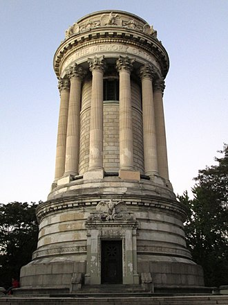 Soldiers' and Sailors' Monument (Manhattan) - The central structure of the monument in 2016