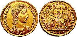 Solidus-Constantius Gallus-thessalonica RIC 149.jpg