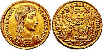 Constantius Gallus - Gallus coin celebrating Rome and Constantinople.