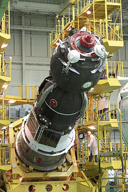Soyuz TMA-04M spacecraft integration facility 3.jpg