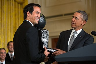 Erik Spoelstra - Image: Spoelstra presents President Obama the team trophy