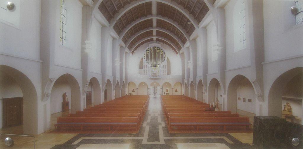 1024px-St._Fideliskirche_%28Stuttgart%29%2C_014.jpg