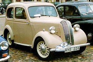 Standard Eight - Standard 8hp Saloon of 1946