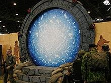 Stargate sg 1 wikip dia - Film porte avion voyage dans le temps ...