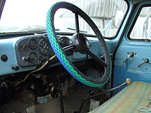 Steering wheel of a GAZ-52 GAZ-53 truck.JPG