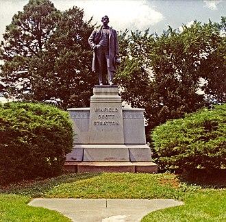 Nellie Walker - Stratton memorial