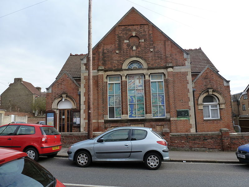 File:Strood Methodist Church.JPG
