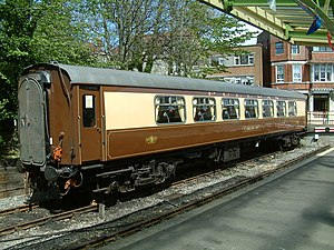 Pullman train (UK) - A former East Coast Main Line Pullman car built by Metro-Cammell in 1960, now in preservation. Seen at Swanage station in 2005.