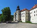 Szlak Orlich Gniazd 0132 - zamek w Pieskowej Skale.jpg