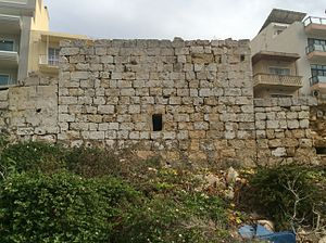 Ta' Tabibu Farmhouse - The original 14/15th-century militia watch post with later additions on the side