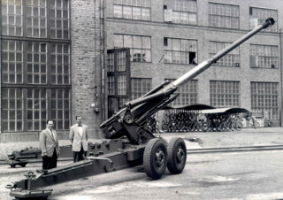 130 K 90-60 Type of Field gun