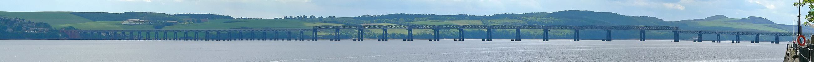 Tay Rail Bridge 2005-06-14 (full length).jpg