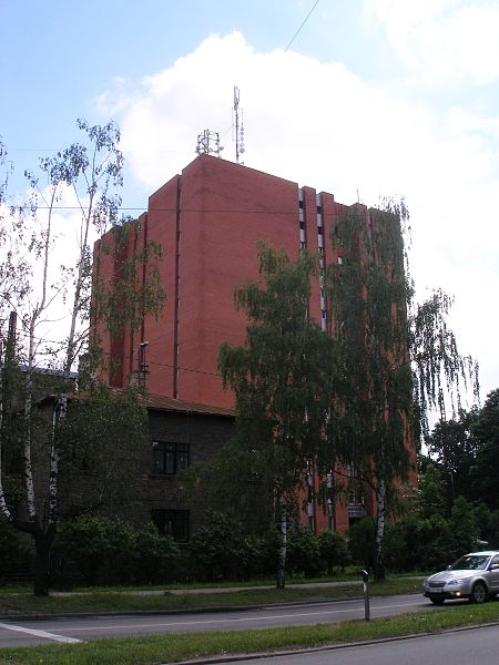 File:Teika, Akadeemiskaas biblioteekas eeka Lielvaardes 24.jpg