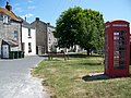 Telephone box, Easton - geograph.org.uk - 1360458.jpg