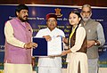 Thaawar Chand Gehlot presenting the awards to the winners of 'Drawing and Painting Competition' for student including students with disabilities (4).jpg