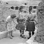 The British Army in Italy 1944 NA16084.jpg