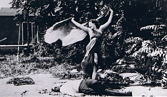 "Femme fatale - Alice Eis performing the ""Vampire Dance"" in The Vampire (1913)"
