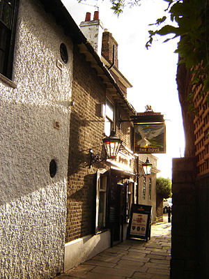Hammersmith - The famous Dove public house - entrance in the alley that is the only surviving trace of the old Hammersmith Village.