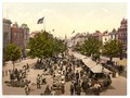 The parade (i.e., promenade), Market Day, Taunton, England-LCCN2002708147.tif