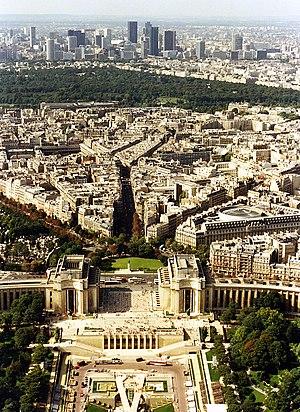 A view towards Bois de Boulogne and La Defense...