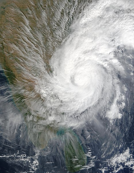 चित्र:Tropical Cyclone 3B (2003).jpg