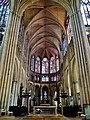 Troyes Cathédrale St. Pierre et Paul Innen Chor 1.jpg