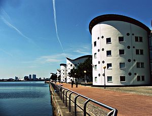 University of East London - UEL Student Housing Looking Towards Canary Wharf