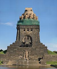 Völkerschlachtdenkmal C-M.jpg