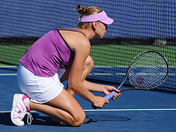 Vera Zvonareva at the 2010 US Open 03.jpg