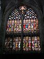 Vidriera en un lado del transepto de San Salvador 1.jpg