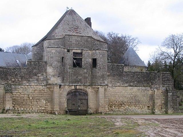 L'enceinte fortifiée du Château de Noüe