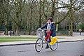 Villo! user in Parc du Cinquantenaire (DSCF7655).jpg