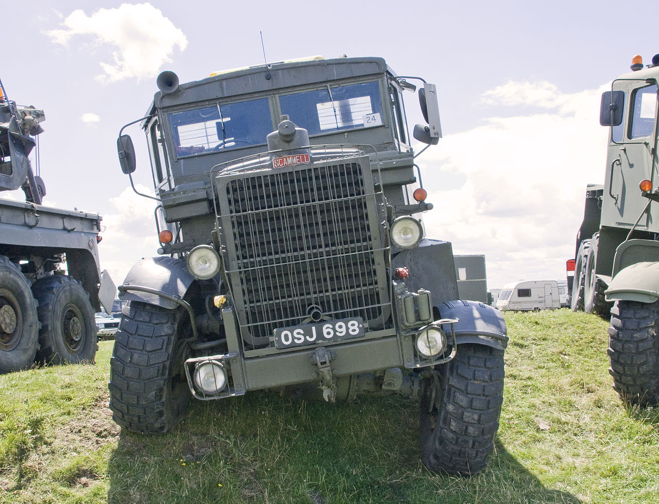File:Vintage off road military truck, steam rally ...