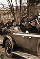 Visarion Puiu si Ion Nistor spre Palatul Mitropolitan 1918 la Cernauti.jpg