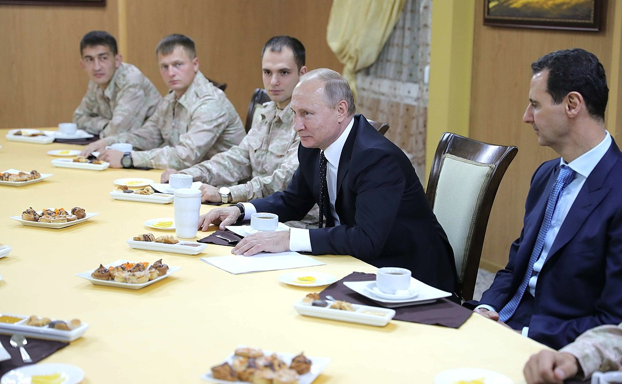 Vladimir Putin in Khmeimim Air Base in Syria (2017-12-11) 28.jpg