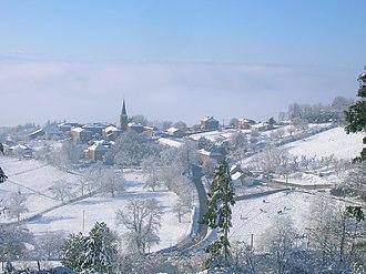 Arcinges - Image: Vue sur le village d'Arcinges, hiver