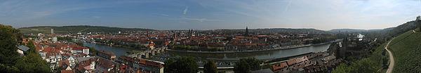 Würzburg Panorama02 2011-09-24.jpg