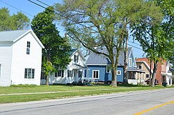 Houses on State Route 199