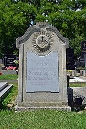 Ehrenhalber gewidmetes Grab auf dem Wiener Zentralfriedhof (Quelle: Wikimedia)