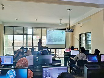 Wikipedia workshop in Cumilla, November 2019 04.jpg
