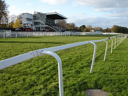 How to get to Worcester Racecourse with public transport- About the place