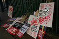 WritersGuild-Strike2007-signs.jpg