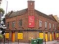 Yellow House, Surrey Quays, SE16 (2844316284).jpg