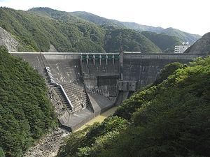 湯田 ダム 放流